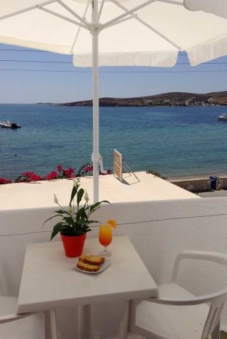 accommodation irene hotel breakfast