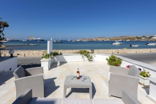 location irene hotel naoussa sea