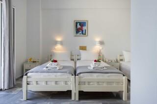rooms irene hotel paros twin beds (2)