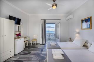rooms irene hotel paros twin beds