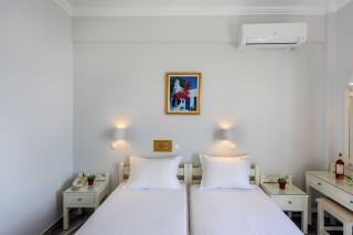 rooms irene hotel paros two beds (2)