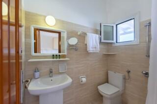studios irene hotel paros bathroom area