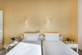 studios irene hotel paros beds (2)