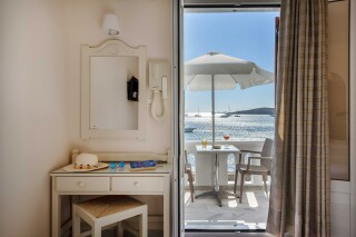 studios irene hotel paros veranda